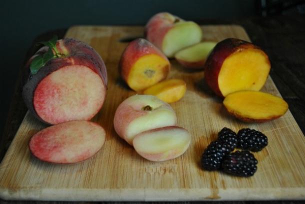 peach-tasting