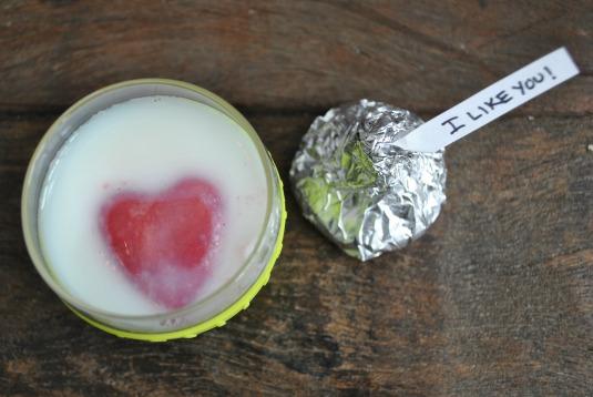 strawberry-ice-with-milk