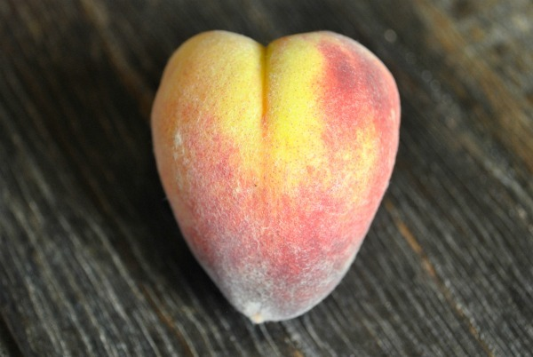 heart-shaped-peach