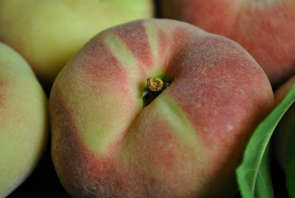 Fruit Maven's Guide to Peaches!