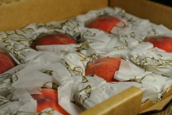 box-of-peaches