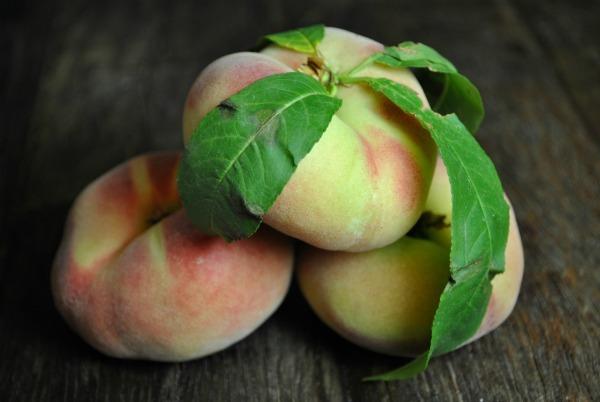 rings-of-saturn-peaches
